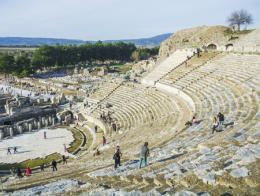 Antiguo teatro romano en las ruinas de Éfeso, Turquía