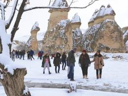 Turismo turistas capadocia nieve