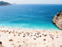 Antalya playa kaputas verano