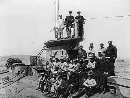 La tripulación del HMS E14 en el Estrecho de los Dardanelos (1915)
