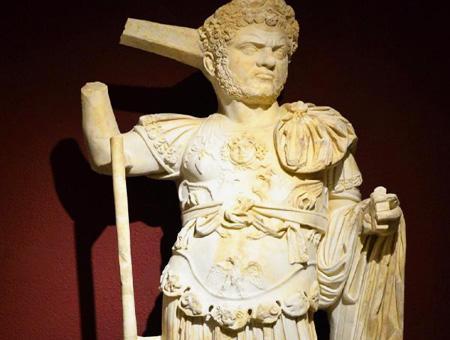Antalya estatua caracalla