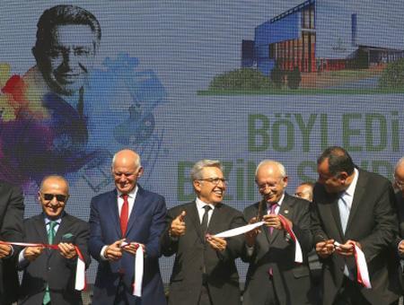 El ex primer ministro griego Papandreu urge a la UE a mantener la puerta abierta para Turquía