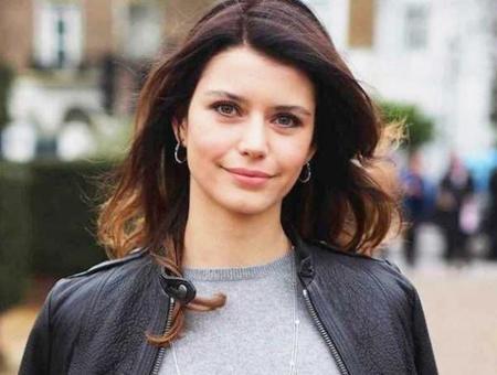 Beren saat actriz turca