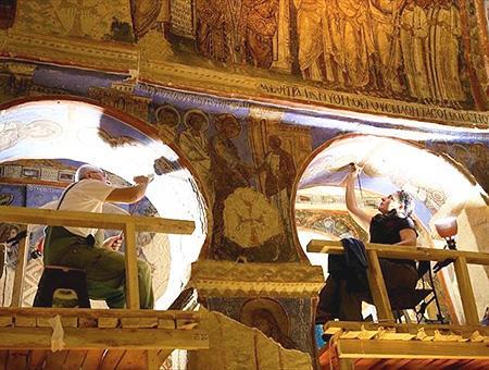 Capadocia goreme iglesia tokali frescos