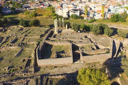 Izmir ruinas antigua smyrna