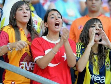 Mujeres futbol turquia