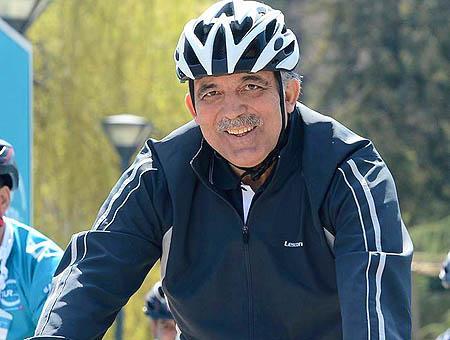 Abdullah gul bicicleta