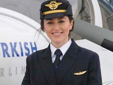 Thy mujer piloto