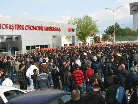 Bursa trabajadores fiat huelga