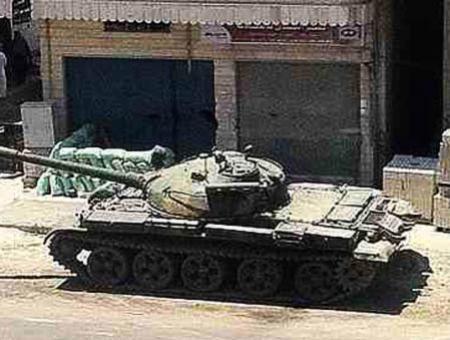 Tanque revueltas siria