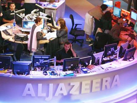 Al-Jazeera asegura que seguirá informando sobre el conflicto palestino si Israel cierra su oficina