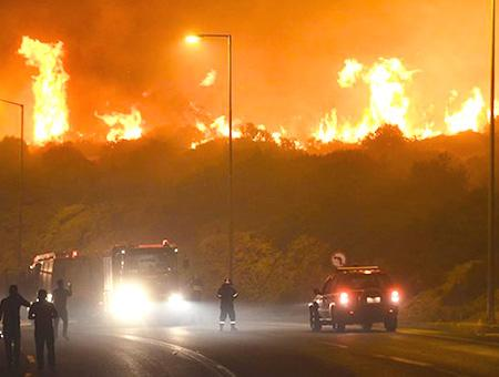 Grecia incendios bomberos