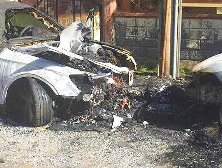 Grecia tesalonica incendio coches turcos