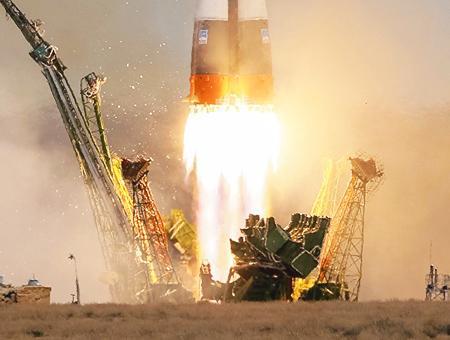 Kazajistan lanzamiento cohete soyuz