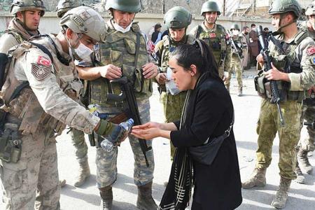Afganistan soldados turcos aeropuerto kabul