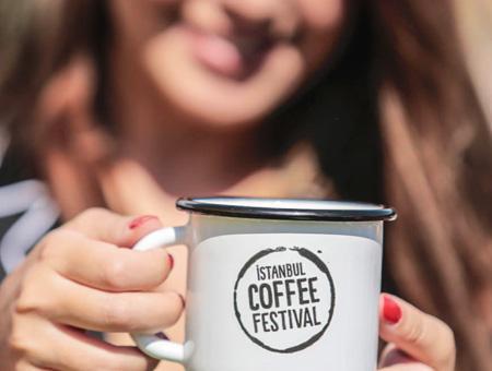 Estambul festival cafe