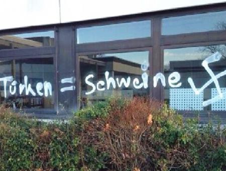 Alemania pintadas racistas