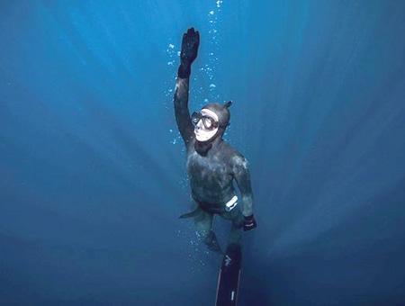 Antartida buceo sahika ercumen