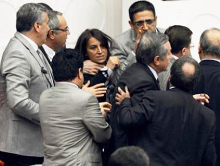 Parlamento turco discusion
