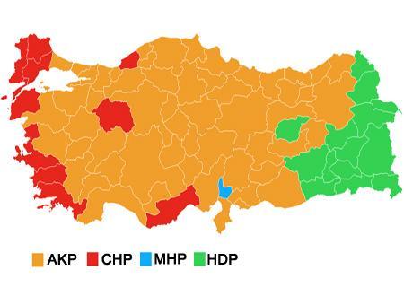 Mapa con el partido más votado en cada una de las 81 provincias de Turquía