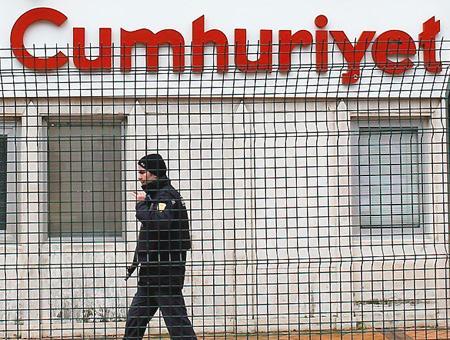 Cumhuriyet diario turco