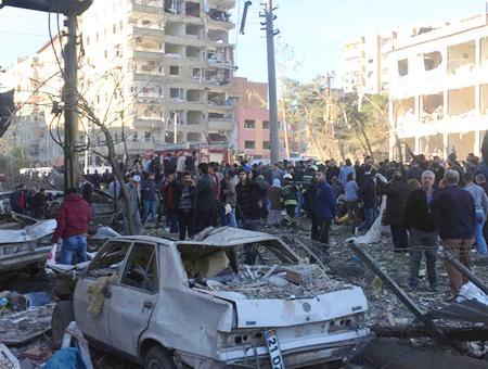 Diyarbakir coche bomba pkk