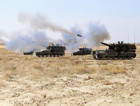 Ejercito turco artilleria disparos