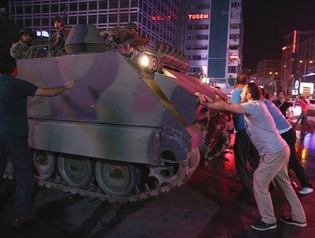Golpe estado 15j tanques