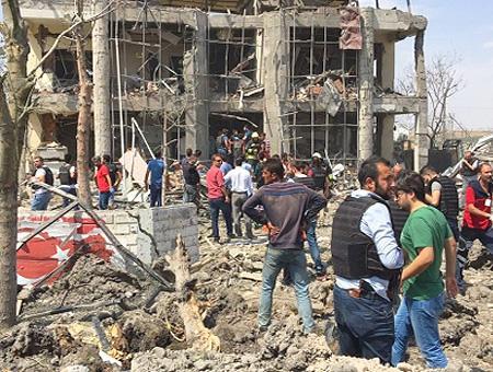 Pkk coche bomba diyarbakir
