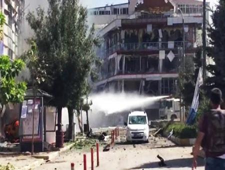 Van atentado explosion