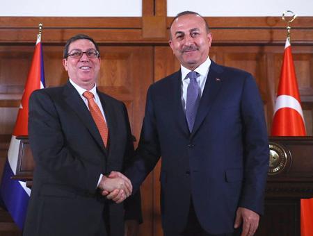 Turquía traslada su apoyo a La Habana y pide el fin del embargo a Cuba