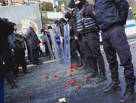 Estambul flores victimas atentado