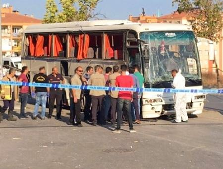 Izmir atentado explosion autobus