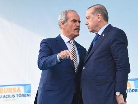 Recep Altepe con Erdoğan durante un acto en Bursa