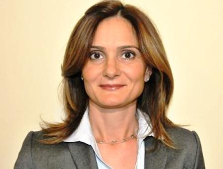Canan Kaftancıoğlu, primera mujer elegida presidenta del partido CHP en Estambul