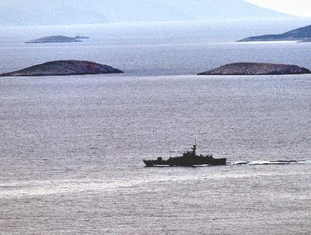 Egeo islotes kardak imia