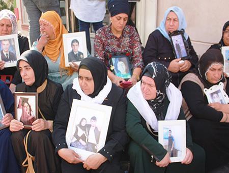 Diyarbakir madres kurdas protesta pkk