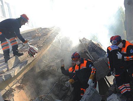 Rescate terremoto van