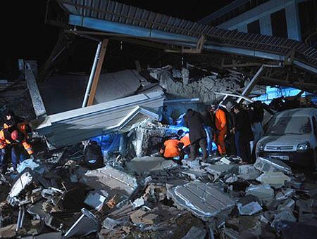 Ruinas terremoto van