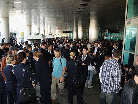 Aeropuerto ataturk huelga
