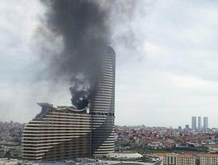 Incendio akasya estambul
