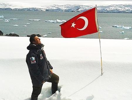 Antartida cientificos turquia