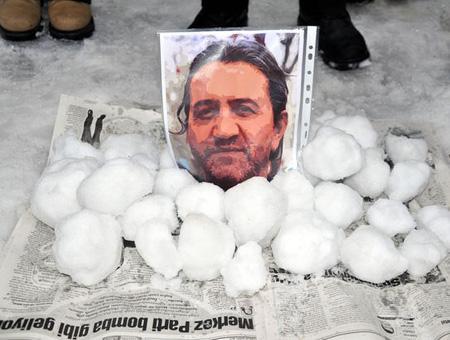 Estambul asesinato bola nieve