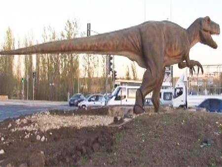 Ankara estatua tiranosaurio