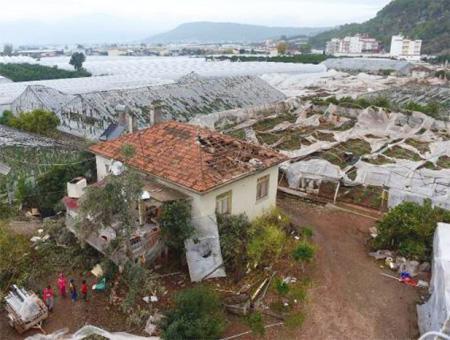 Antalya destrozos tornado