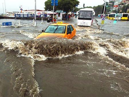 Estambul lluvias inundaciones