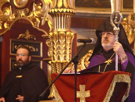 Ceremonia del Patriarcado Ortodoxo Armenio en Estambul