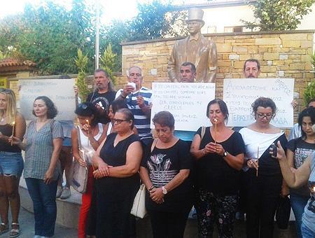 Canakkale homenaje victimas incendios grecia