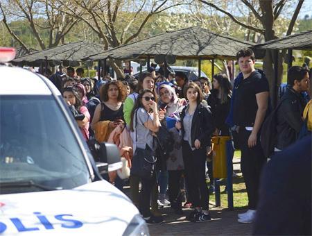 Eskisehir tiroteo universidad estudiantes