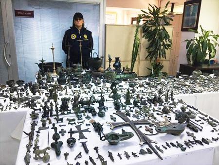 Estambul policia alijo contrabando antiguedades